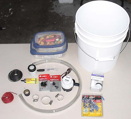 Gallery for homemade kayak livewell for Portable fish livewell